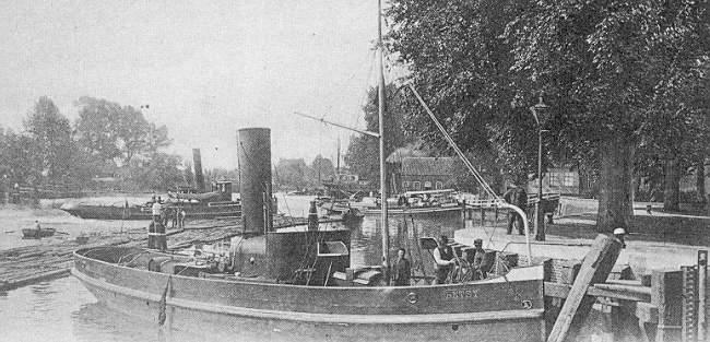 Deze afbeelding heeft een leeg alt-attribuut; de bestandsnaam is 009-Hollandse-IJssel-1900-ter-hoogte-van-de-kade-plantsoen-bij-het-buurtje.jpg